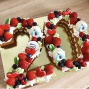 """Торт """"Две цифры"""" с ягодами"""